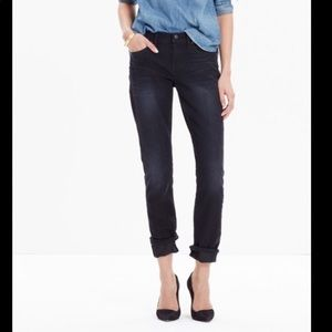 Madewell The Mid-Rise Slim Boyjean In Black